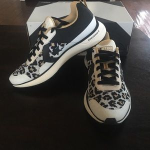 Converse size 8 star series RN OX sneakers unisex